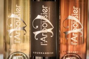 Photo zoom- coffret - bouteilles vins biologiques - blanc rouge rosé - Domaine Saint Jean de l'Arbousier Montpellier