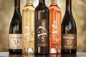 Photo 7 zoom - coffret - bouteilles vins biologiques - blanc rouge rosé - Domaine Saint Jean de l'Arbousier Montpellier