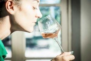 Photo header - dégustation - vin rosé - Domaine de l'Arbousier